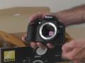 Nikon D3200: unboxing in redazione