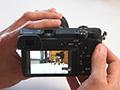Sony A6300: cuore da ammiraglia, ergonomia da mirrorless - Videorecensione